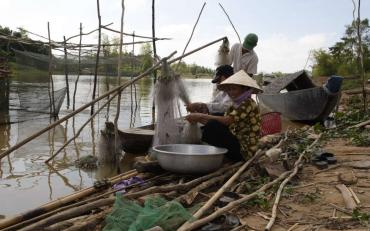 Environmental flows between the earth, nature and people in the Mekong region, Vietnam